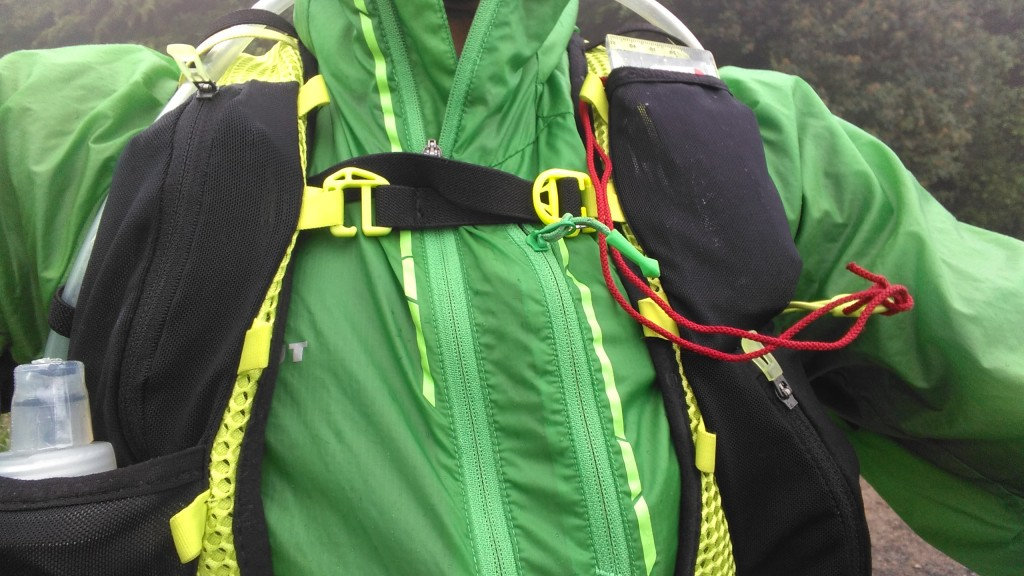 Montane Fang chest strap