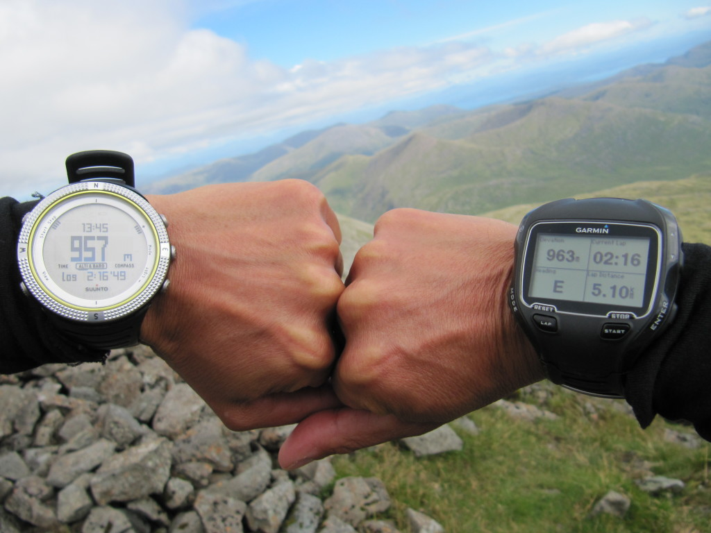 Suunto Core vs Garmin 910XT