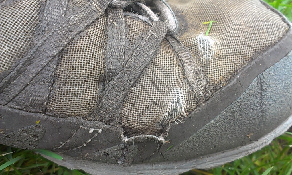 damage to the mesh and rand on Inov-8 Roclite