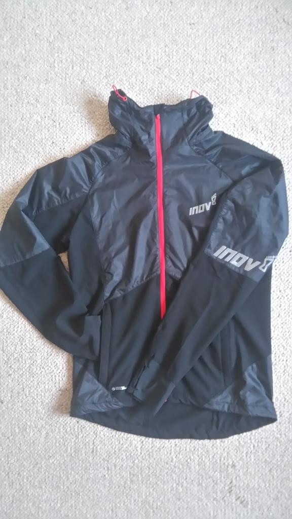 Inov-8 AT/C Softshell Pro FZ windproof