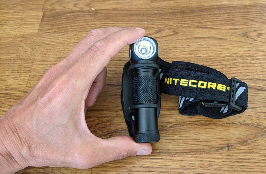 photo of Nitecore UT32 head torch